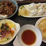 beef teriyaki combo with california sushi, salada and mixed tempura