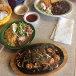 """When the governor shouts, he knows good food,,, came to """"Tapatios """""""
