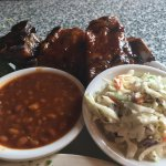 Rib Combo special with two sides (beans and cole slaw)