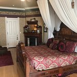 Foto de Alexander Mansion Bed & Breakfast