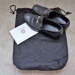 Complimentary shoeshine by John Lobb