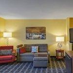Foto de TownePlace Suites Kansas City Overland Park