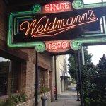Lovely neon sign broadcasting the Weidmann's restaurant!