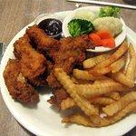Chicken Wings, Vegetables, Fries, Nicely's, Lee Vining, CA