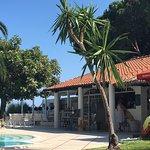 Pool bar / restaurant