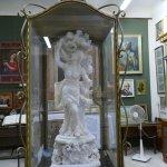 Statua in alabastro nel museo annesso alla cripta di S. Agata