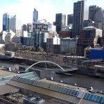 Photo de Quay West Suites Melbourne
