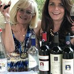 Mea and Kar wine tasting delicious red, whites and blue!