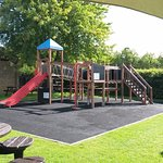 Nice rear garden with play area for the kids