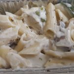 Penne pasta in white sauce