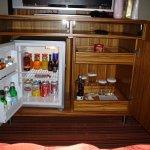 ....full-lii stocked bar fridge