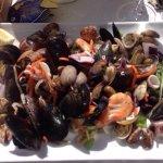 """Gâteau à la noisette """"sublime"""" Salade de fruits de mer à tomber"""