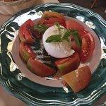 AMAZING tomato buffalo mozzerella salad