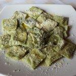 Tortelli di agnello e aspargi - Pasta parcels with lamb and asparagus