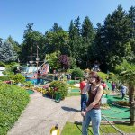 Fun adventure mini golf (more challenging)