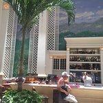 Foto di Saratoga Hotel