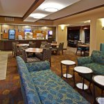 Dining Lounge makes Holiday Inn Express more than a basic hotel