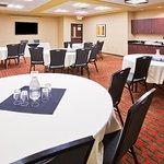 Foto de Holiday Inn Express Hotel & Suites Eugene