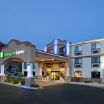 Photo de Holiday Inn Express Hotel & Suites Moab