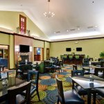 Photo de Holiday Inn Express Hotel & Suites Christiansburg