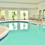 Bilde fra Holiday Inn Express Hotel & Suites Center Township