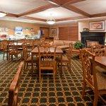 Holiday Inn Express Oshkosh-SR 41 Foto