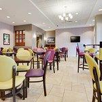 Photo of Drury Inn & Suites Middletown Franklin