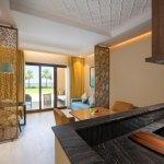 Bay club 2 bedroom suite kitchen