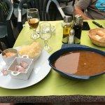 soupe de poissons avec ail pain grillé et bonne rouille