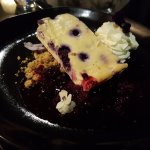 Blueberry cheesecake with almond soil + mixed berry compote