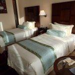 Hulhule Island Hotel Photo