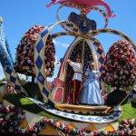 Cinderella on DIsney Parade