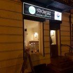 Restauracja nocą