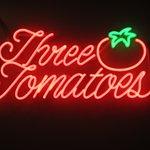 Foto de Three Tomatoes Trattoria
