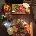 Salade foie gras et planche de camembert