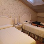 Photo of Hotel Azofra