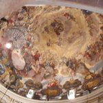 Los frescos del techo de la basilica.
