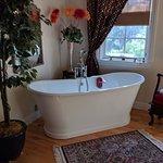 صورة فوتوغرافية لـ Barretta Gardens Inn Bed and Breakfast