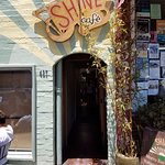 Shine cafe entrance
