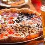 ภาพถ่ายของ Hideaway Pizza