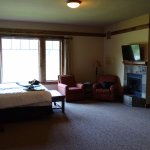 Viking Lodge King (Room 284)