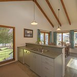 The Cottage - kitchen/dining