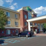 Exterior of the Holiday Inn Express in Woodhaven, MI