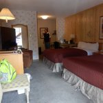 Aspen Village, Waterton, Room 10