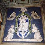 Cappella Madonna del Conforto : una delle quattro ceramiche invetriate
