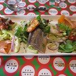 l'assiette océane, hareng, gambas, saumon fumé, anchois, tartare de tomates