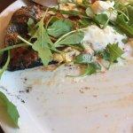 pizza au charbon naturel - un délice