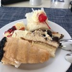 Perfect breakfast etc @ Louis Zante. And yes I kno.......I am greedy lol. Desserts were to die f