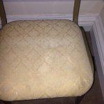 Bedroom carpets,Door,No Catch On Window,