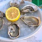 Toujours bien des petites huîtres en entrée